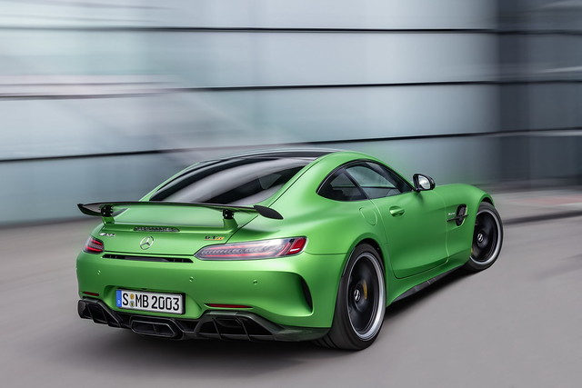d1695ff9-2020-mercedes-amg-gt-and-amg-gt-r-pro-8