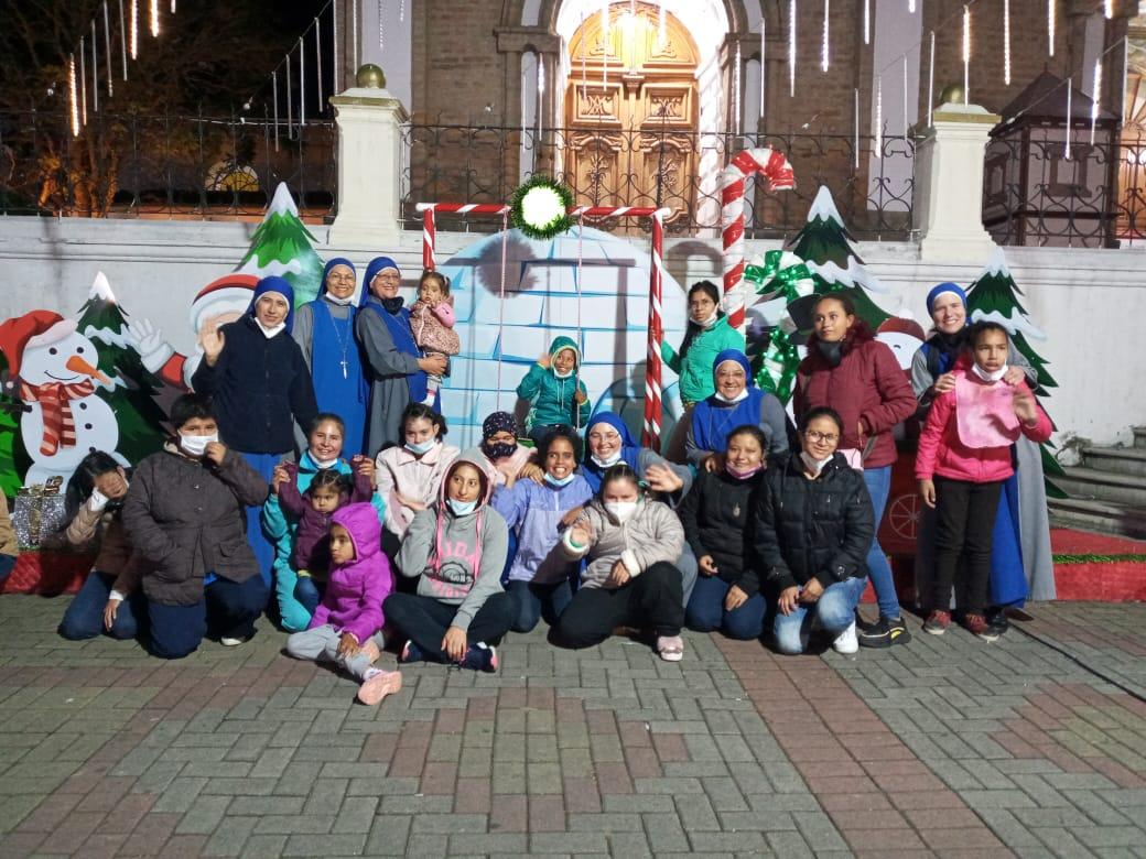 Ecuador - Paseo de Navidad del Hogar San Camilo de Lellis