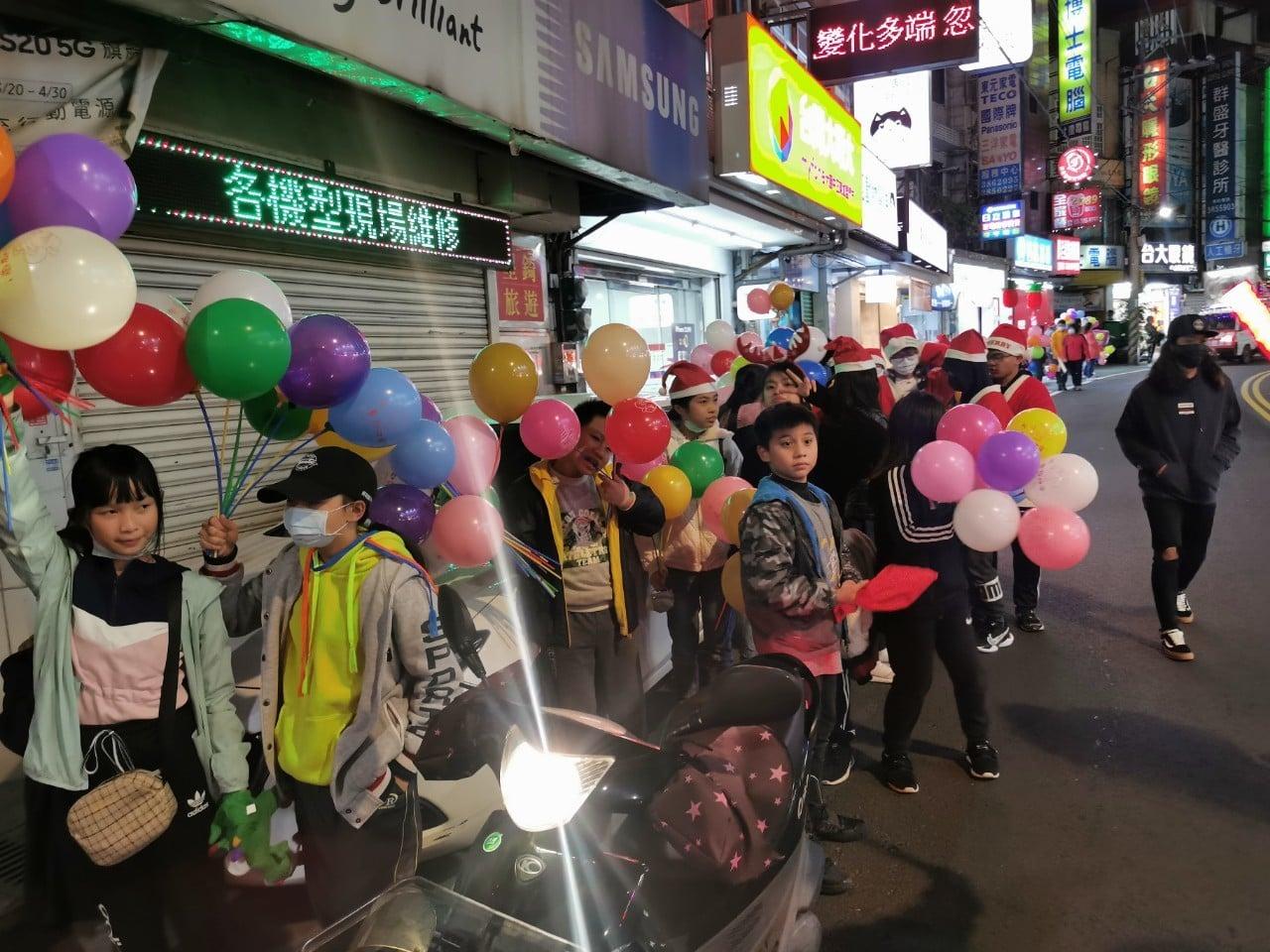 Taiwan - Apostolado por la calle