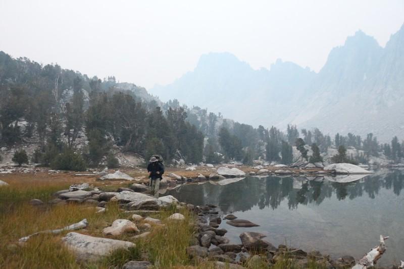 The air was so hazy you could barely see the Kearsarge Pinnacles as we left camp at the Kearsarge Lakes