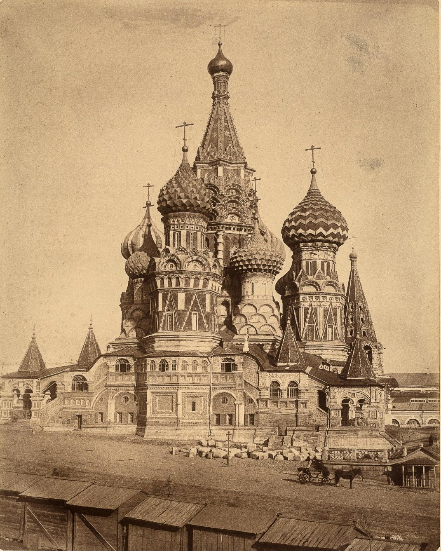 Церковь Покрова на рву (собор Василия Блаженного)