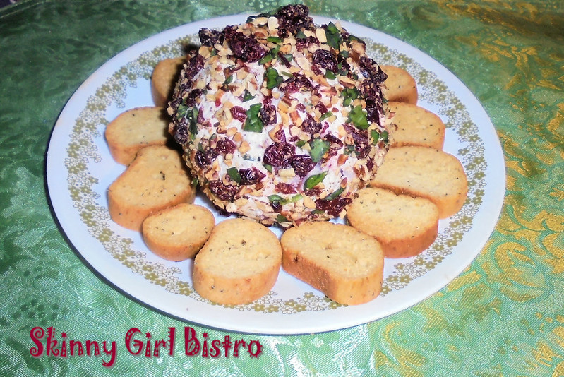 Photo: Cranberry-pecan cheeseball