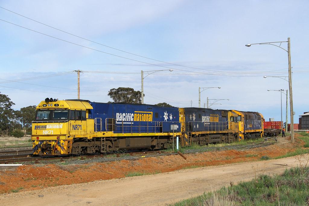 Transferring the Broken Hill shunter by David Arnold