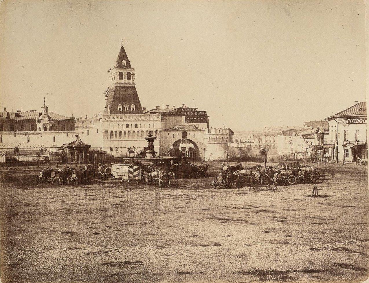 Никольские (Владимировские) ворота Китай-города