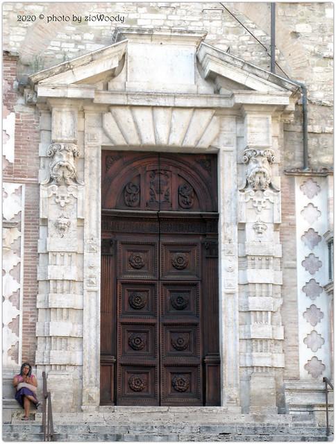 Porta laterale di Galeazzo Alessi
