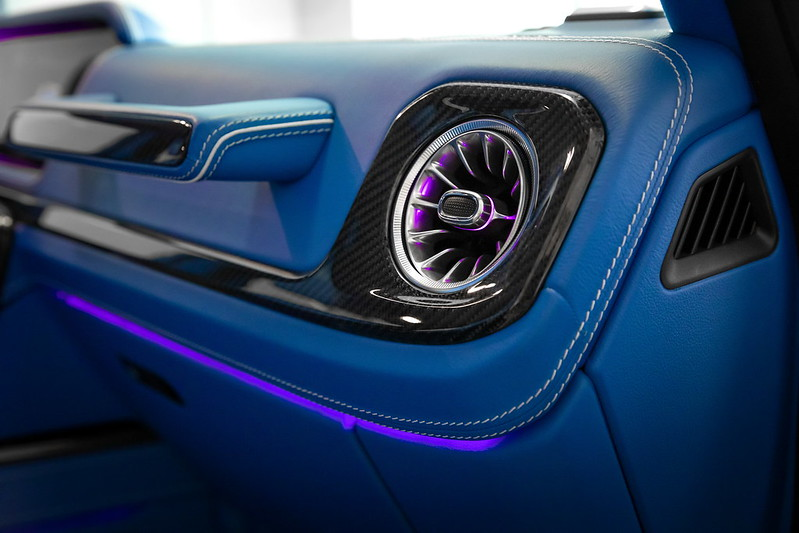 schawe-mercedes-g-class-interior-led-tuning-1