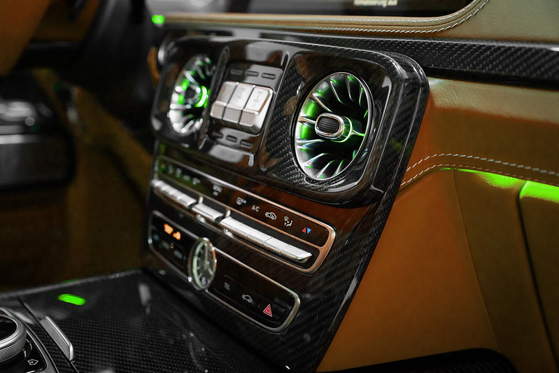 schawe-mercedes-g-class-interior-led-tuning-6