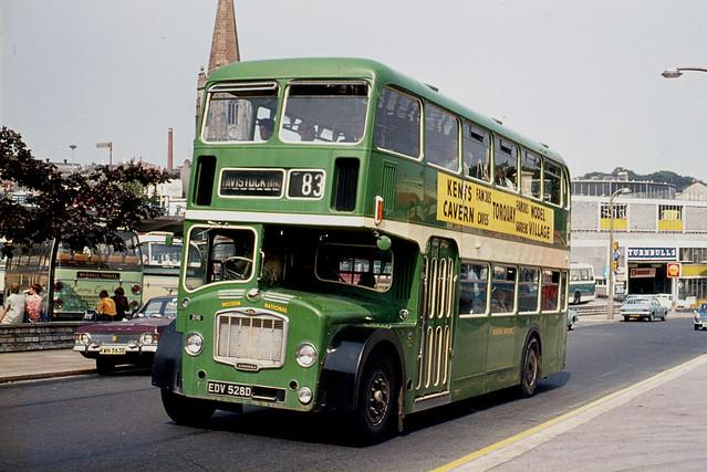 Western National Omnibus Co . 2116 EDV528D . Passing  Bretonside Bus Station , Plymouth , Devon . Saturday 29th-July-1972 .