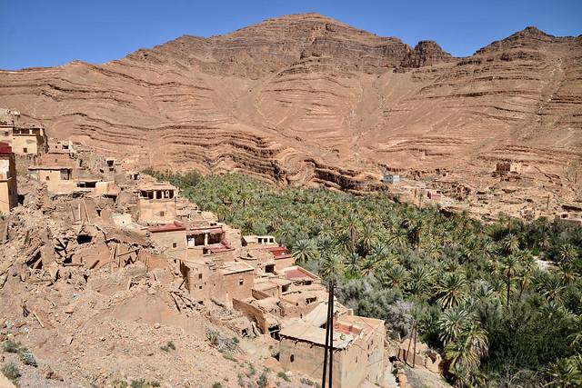 dorp boven de bepalmde kloof