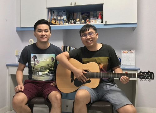 1 to 1 guitar lessons Singapore Clarence