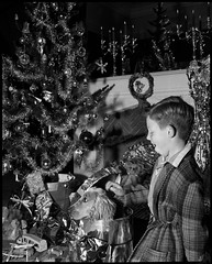 Christmas, ca. 1954, photographed by Max Dupain & Associates