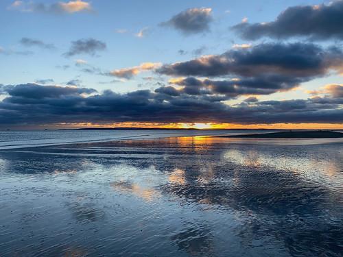 sunset sea cloud sun seascape reflection water weather seaside lowtide seashore iphone11 cameraphone beach walking walk haylingisland isle wight 500v20f