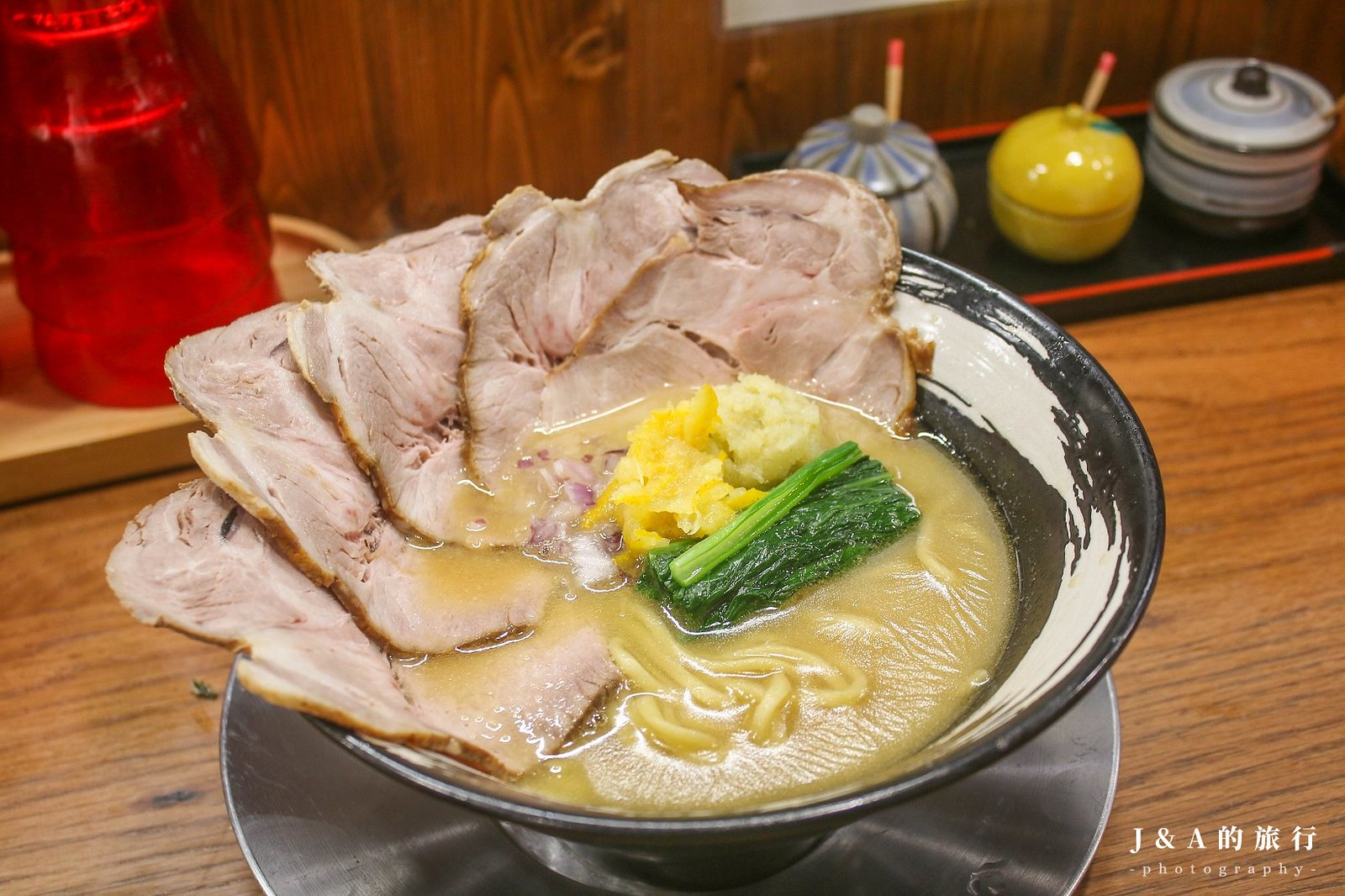 最新推播訊息:一秒到日本!來自京都的京都柚子豚骨拉麵,濃厚湯頭帶有柚子胡椒清香與辛香