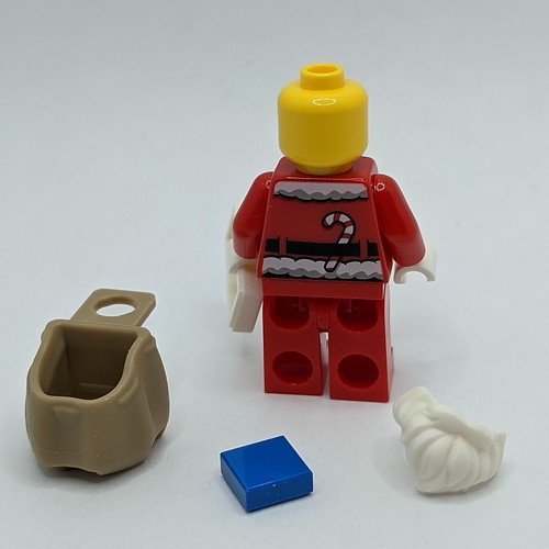 LEGO City Advent 2020 day 24 disassembled