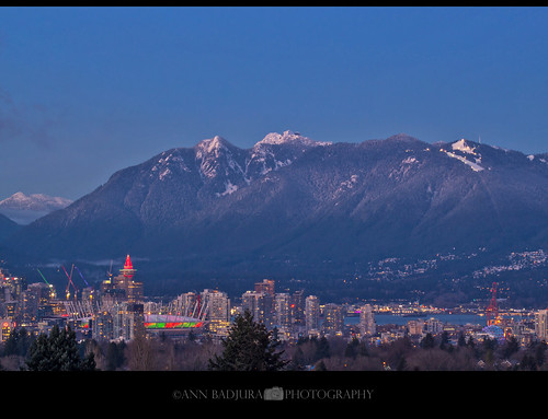 vancouver bc britishcolumbia canada queenelizabethpark littlemountain snow christmas citylights 604now miss604 mountains ctvphotos canadianbeauty insidevancouver colourfulvancouver explorebc harbourcentre bcplace downtownvancouver urban 24hrvancouver vancitybuzz photography georgiastraight iamcanadian annbadjura photograpny pacificnorthwest pnw pacificnw scenery landscape scienceworld northshore