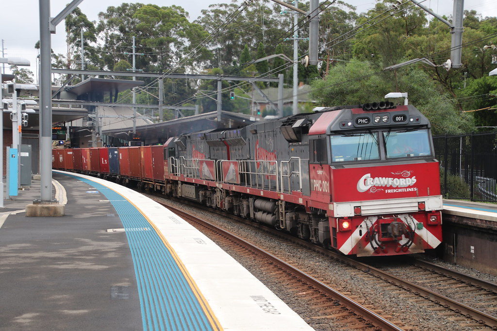Crawford's Freightlines - 5194N - Cheltenham, NSW