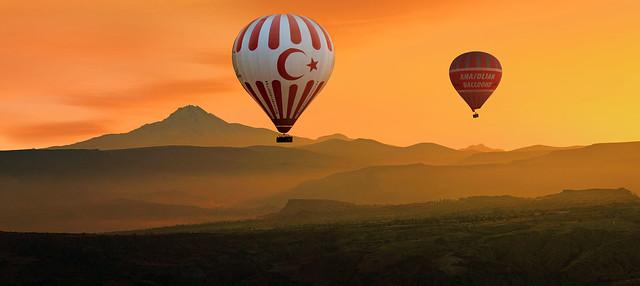 Erciyes Dağı ve Balonlar