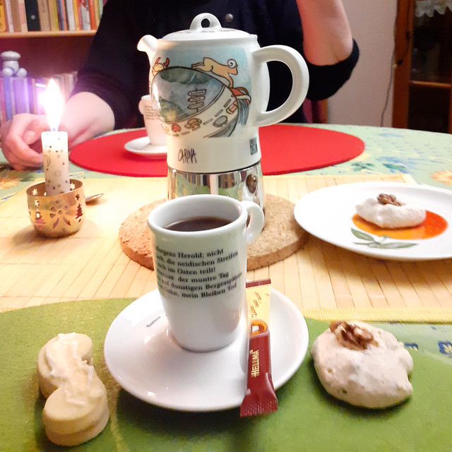 Weihnachten 2020 ... 3. Gang: Espresso und Selbstgebackenes ... Brigitte Stolle