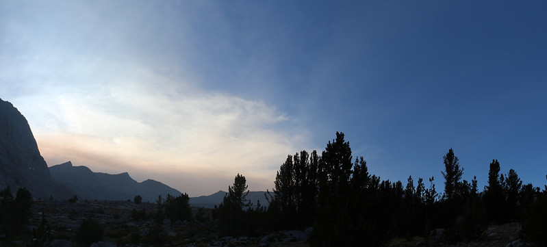 The smoky haze continued to dominate the sky to the south and west but we remained in clear air under blue skies