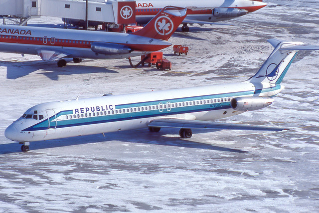 N780NC McDonnell Douglas DC-9-51 48102 YYZ 1981