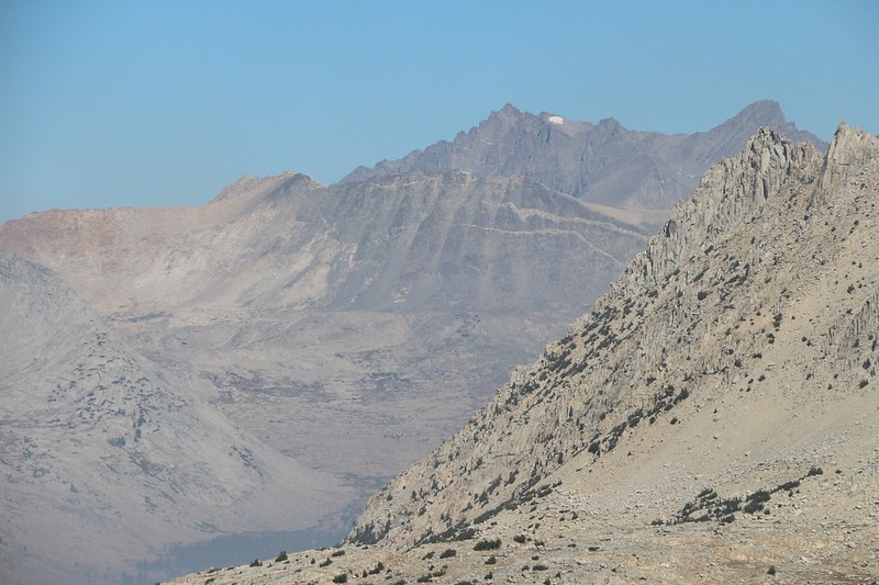 Zoomed-in view of Mount Agassiz, Winchell, North Palisade, Polemonium, Barrett, and Mount Sill from Pinchot Pass[