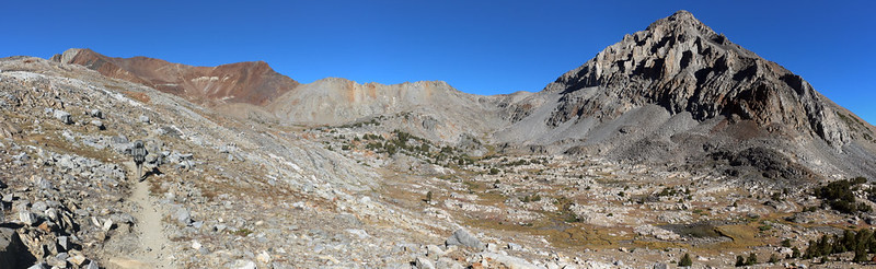 Panorama view of Crater Mountain, Pinchot Pass, and Mount Wynne from the Pacific Crest Trail
