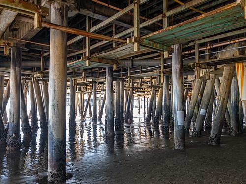 water socal iphonex california pier unitedstates santamonica southerncalifornia iphone luminar dark moody