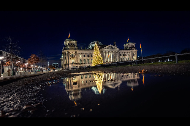 Christmas tree on Reichstag