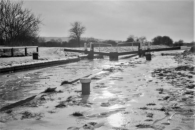 Canal (Frozen)