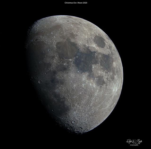 A Christmas Eve Moon