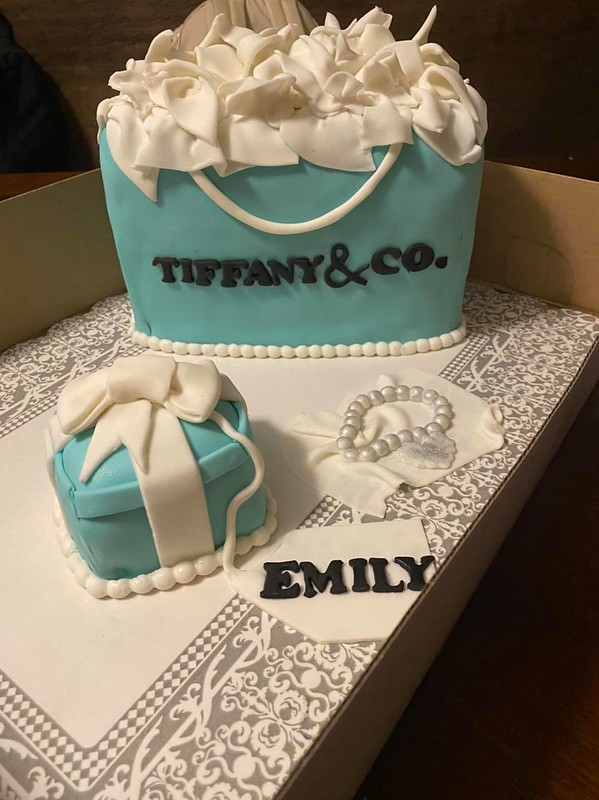 Cake by Mary's Sanchez Cakes