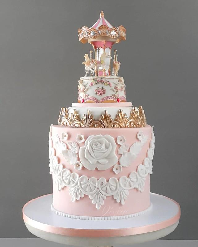 Cake by Divine Cake
