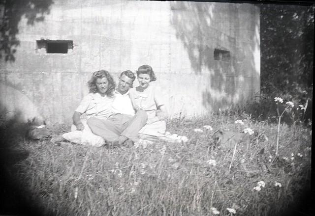 1950's set, near Brighton..