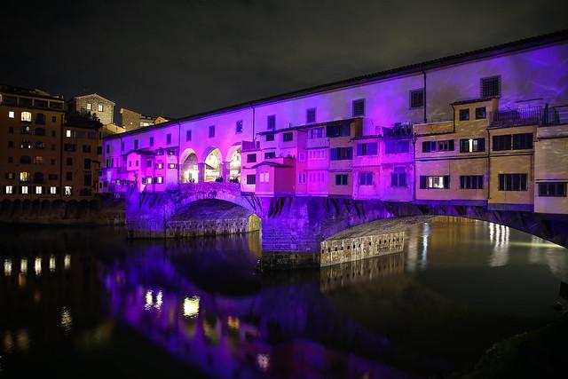 Ponte Vecchio illuminato a festa