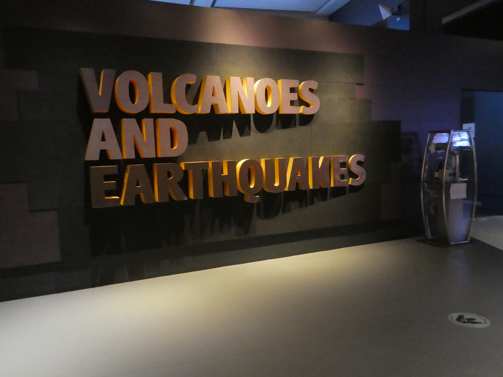 Volcanoes and Earthquakes Exhibition, Natural History Museum
