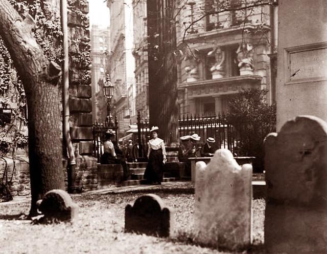 St Paul's Chapel, lower Manhattan -- 1905