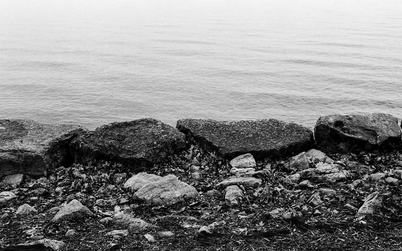 Retaining Rocks on the Edge