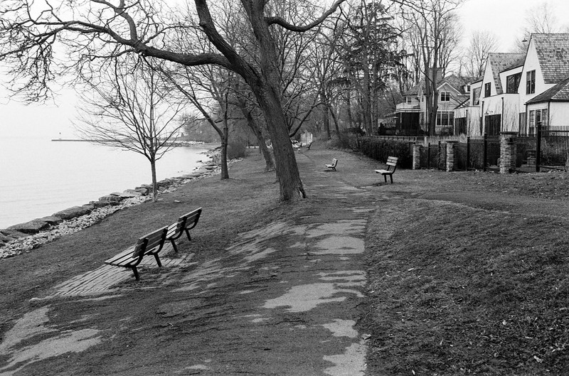 Empty Dingle Park_
