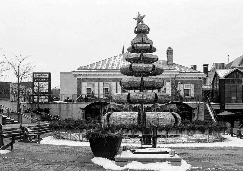 Modernist Christmas Tree_
