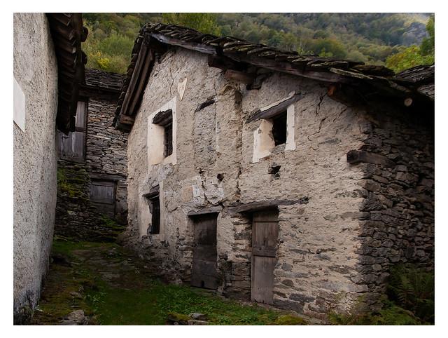 Antiche case della Val Grande