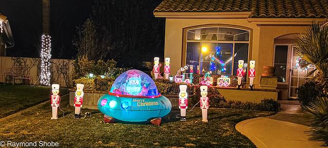 UFO santa, Sun Lakes Country Club Banning CA