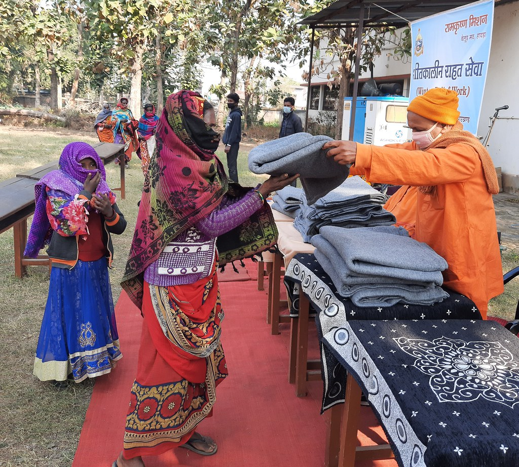 Blanket Distribution 3rd Day (32)