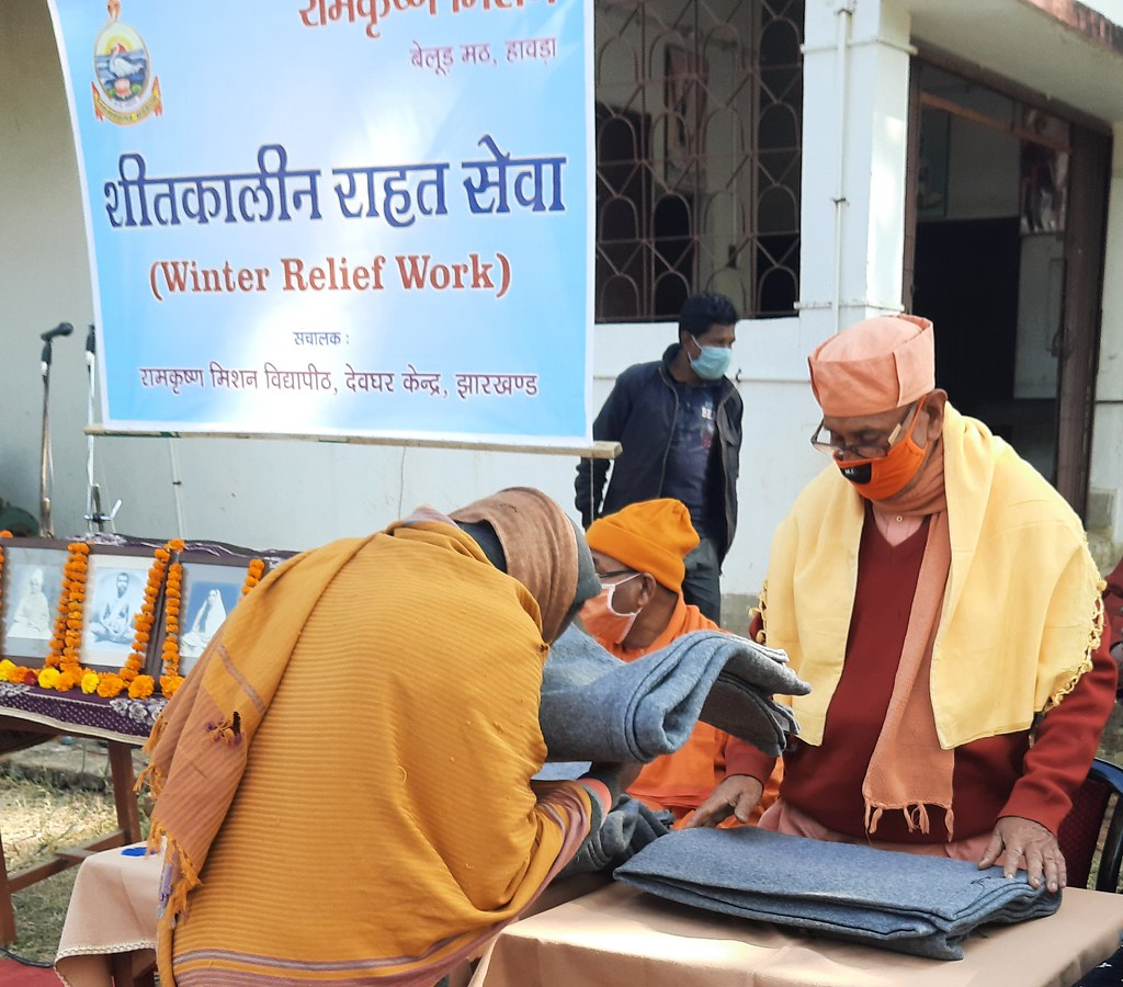Blanket Distribution 3rd Day (28)