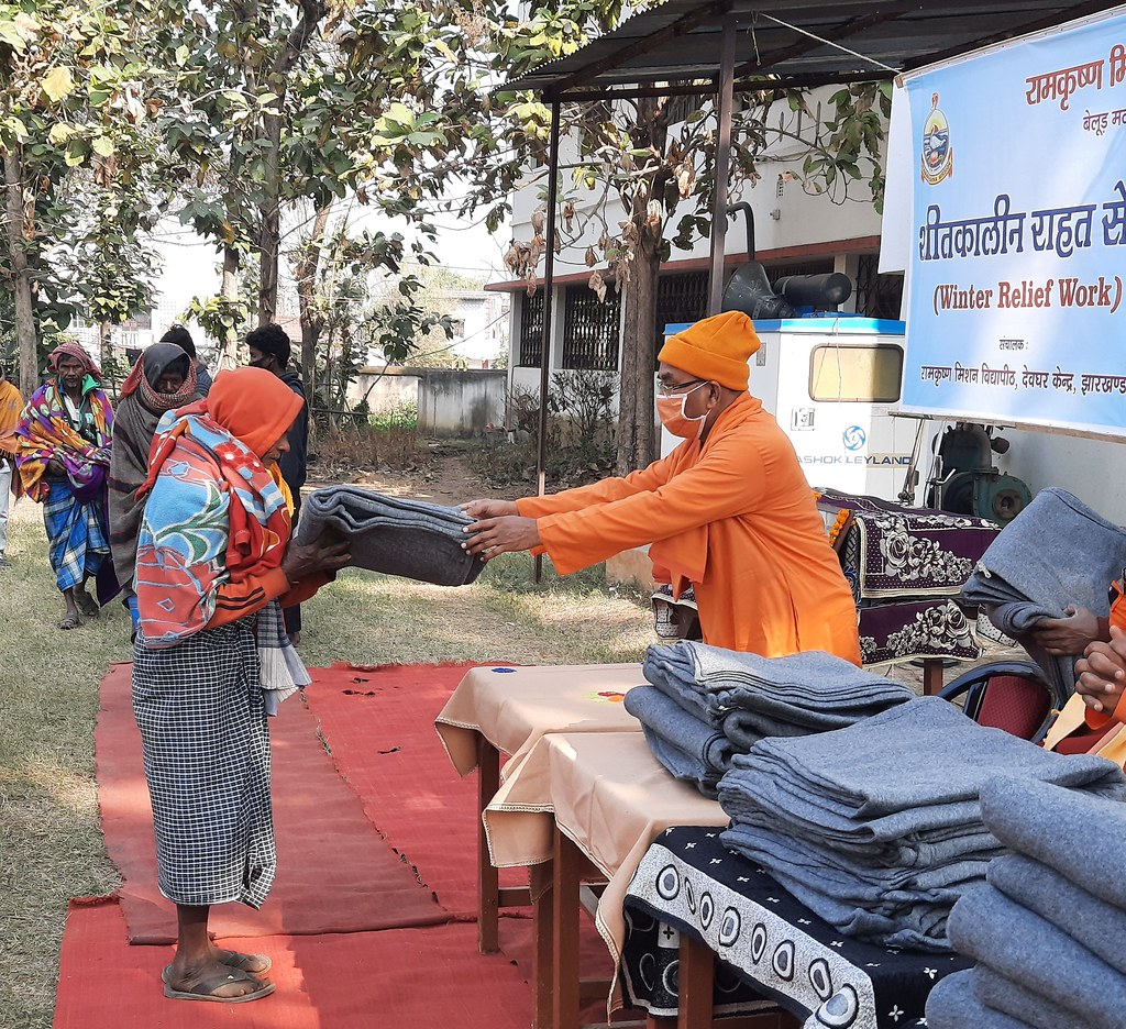 Blanket Distribution 3rd Day (26)