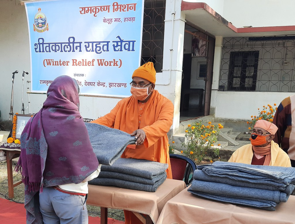Blanket Distribution 3rd Day (24)