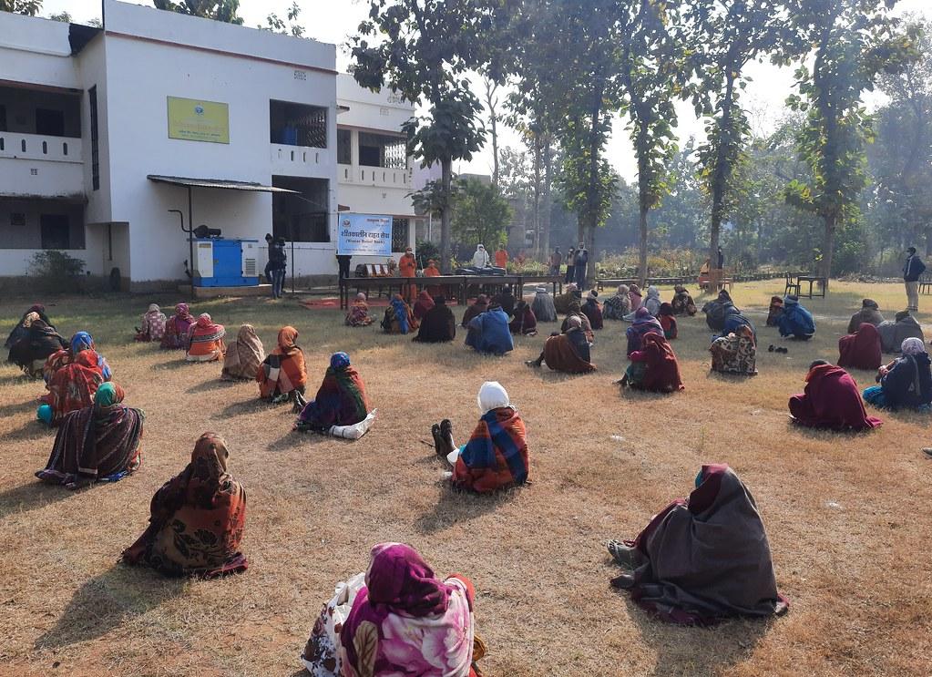 Blanket Distribution 3rd Day (23)