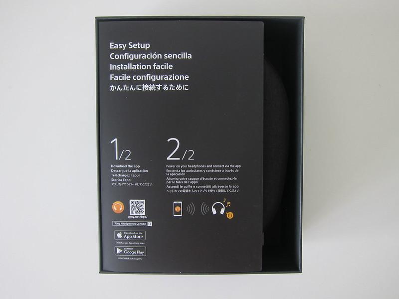 Sony WH-1000XM4 - Box Open