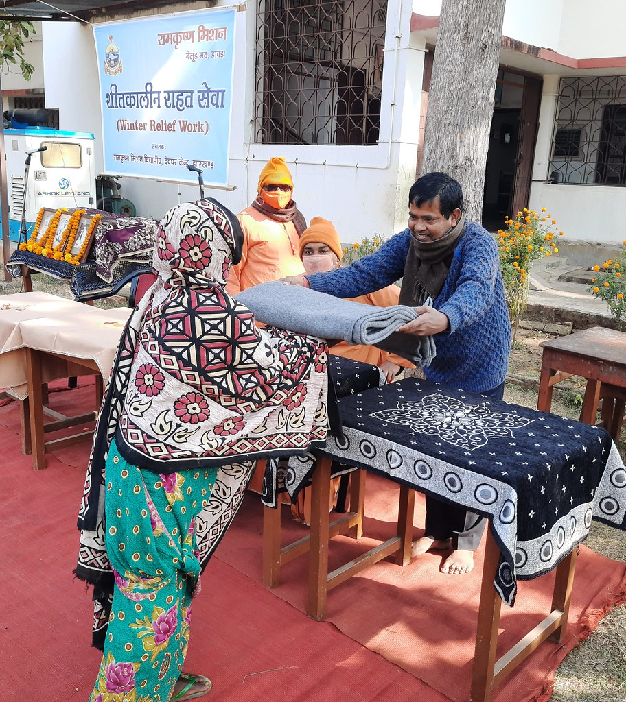 Blanket Distribution 2nd Day (40)