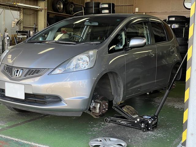 フィット タイヤ交換