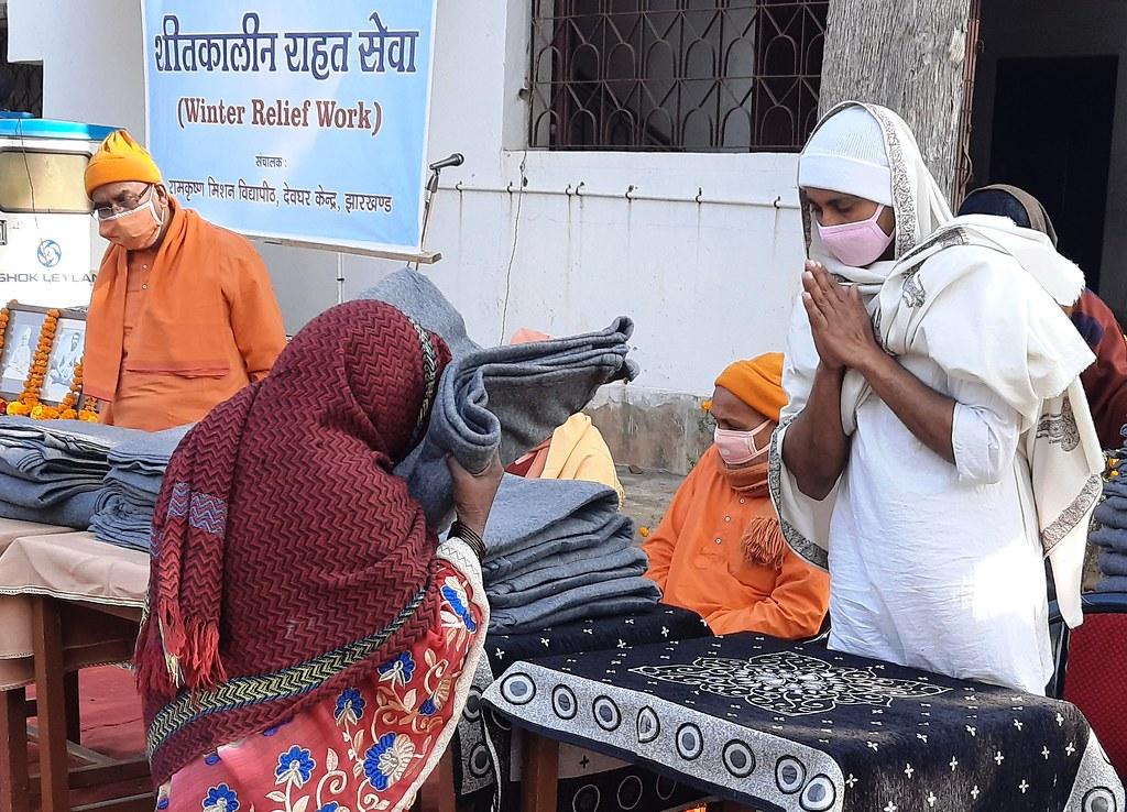 Blanket Distribution 3rd Day (35)